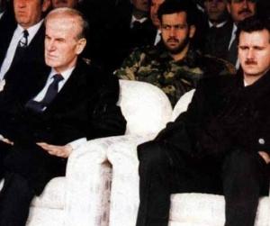 مخلوف كتغيير في بنيّة النظام.. محاولات العودة لتوازنات حافظ الأسد